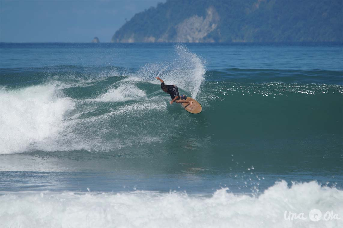 Learn to Surf Costa Rica - Lapoint Beginner Surf Camp